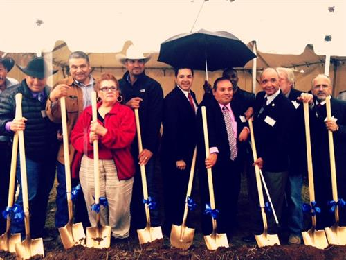 Rep cuellar and usda rural development director join city for Usda rural development louisiana
